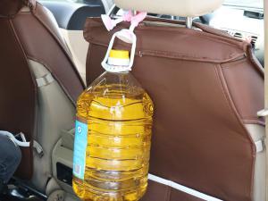挂大桶油的车载挂钩(3张)