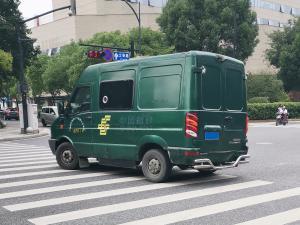 绿色中国邮政配送车