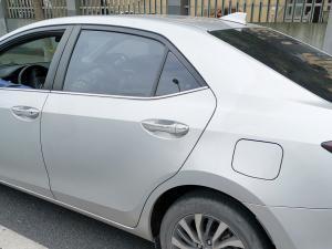 丰田hybrid卡罗拉车身特写