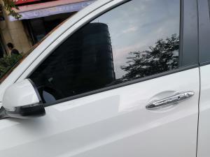 广汽本田VE-1车门把手和外后视镜(1张)