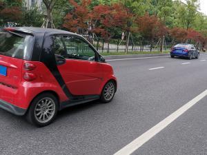 红色SMART迷你小车